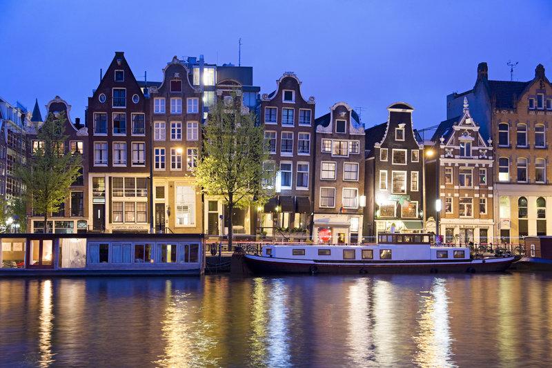 flygtid arlanda amsterdam